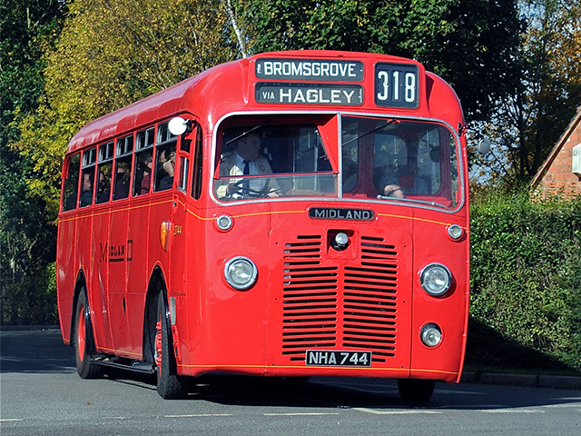 A day of heritage transport photography using superbly-restored, brightly painted Midland Red buses