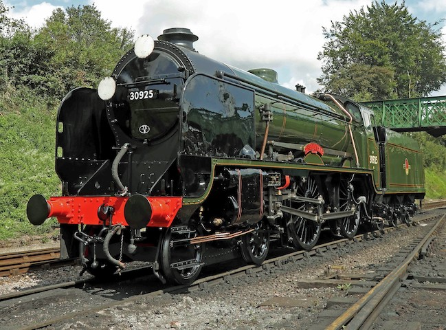 Join us for a full day of photography using recently-repainted 30925 Cheltenham on passenger stock