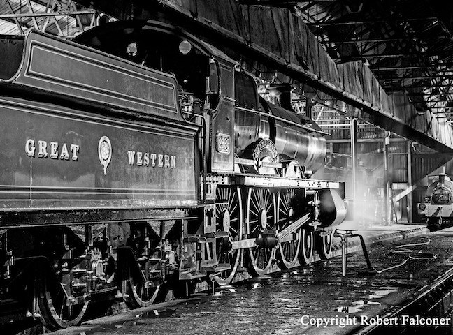A late summer evening of photography at Didcot Railway Centre with the newly outshopped GWR Saint