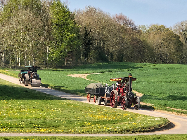 Steam, Re-Enactors, Road Works and a run to the Pub