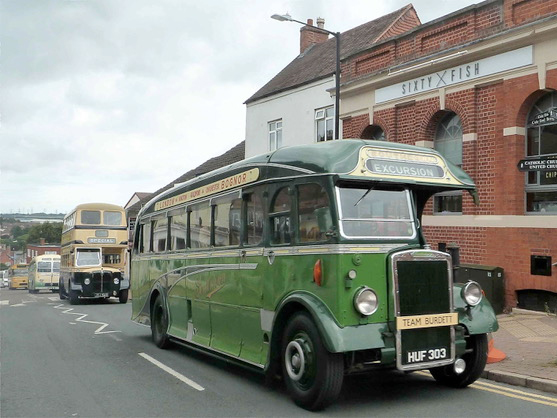 A day in picturesque Warwickshire villages with two classic half-cab coaches