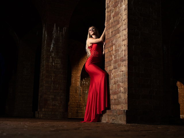 A session photographing a variety of themed models in an underground victorian reservoir!