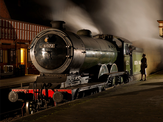 An early evening photo shoot at the North Norfolk Railway's Weybourne Station with 8572 + Quad-arts