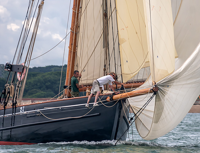 A day on the Solent chasing and photographing the competitors during the Cowes Regatta